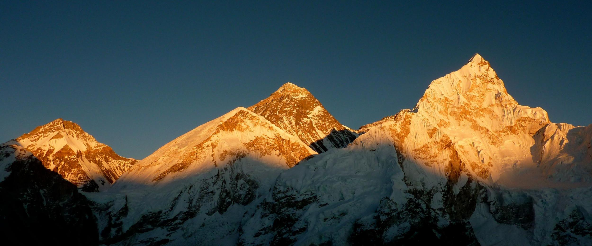 IFMGA, Nepal National Mountain Guide Association, Mount Everest, Photo by Dominik Meyer